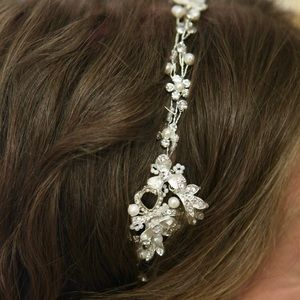 Bridal Rhinestone, Pearl, and Silver Hair Accent